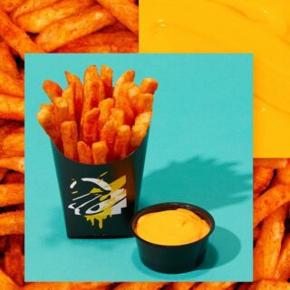 We don't know the question but hot, seasoned fries is the answer. #TacoBellNL